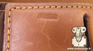 numero de serie sac a main Louis Vuitton steamer bag secret pour le dater.