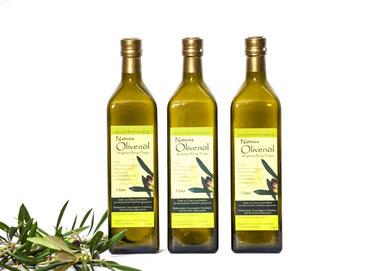 Natives Olivenöl von der Koroneiki-Olive