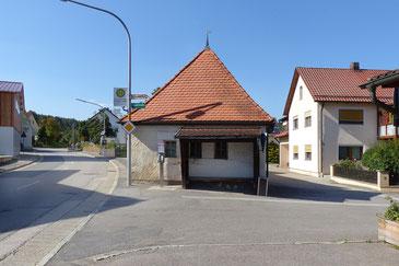 """Das """"Waaghäusel"""" wird neuer Treffpunkt für die Dorfgemeinschaft. Foto: Martin Stahr, ALE Oberpfalz"""