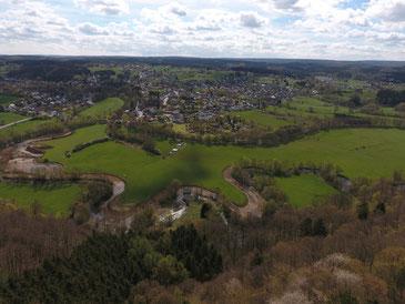 Blick über die europäische Naturraumgrenze bei Allagen/ Niederbergheim