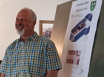 Ortsvorsteher Bernd Cordes stellt für einen WDR-Beitrag die Gänsewirtschaft vor