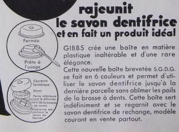 Gros plan d'une publicité de 1934 pour la nouvelle boite plastique et son empreinte en croix