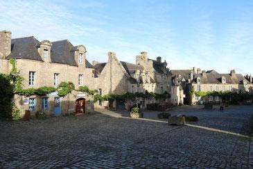 Locronan, ein Dorf wie eine Filmkulisse