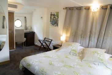 Kabine auf der Hotelbarge Enchanté Deck der Hotelbarge Enchanté