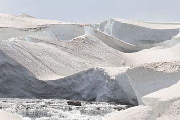 Schneemassen abseits der Straße zu den Westfjorden - Exklusive Islandsrundreise von My own Travel ©My own Travel