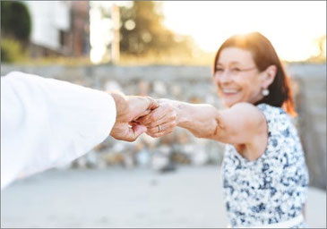 Bei Demenz den Halt nicht verlieren, die Kontrolle bewahren, Symptome und Signale entschlüsseln lernen und Hilfe erfahren