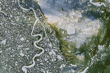 カナダの上空から撮影した永久凍土の大地 NASA / CC BY-NC 2.0