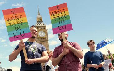 反Brexitデモをするロンドン市民たち。彼らの活動むなしくBrexitは成立した。CC BY-NC 2.0 Alisdare Hickson