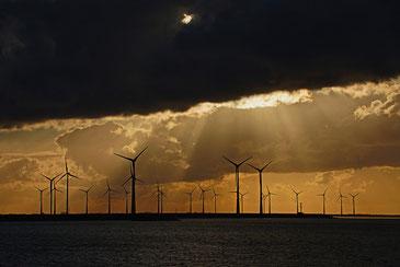 海洋に広がる風力発電 どんな未来が!? eLKayPics / CC BY-NC-ND 2.0