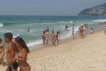 リオ五輪でも懸念された海洋汚染(写真はリオのビーチ)  carla arena CC BY-NC 2.0