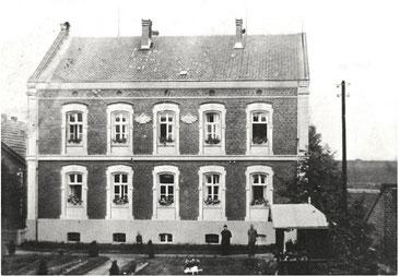 Alte Aufnahme vom ehemaligen St. Marien-Krankenhaus um 1894 - Foto: Archiv