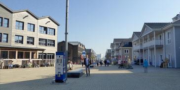Bild: Yachthafenpromenade in Heiligenhafen