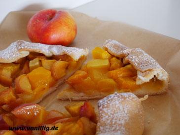 Galette, Niktarinen, Mango, Sommerrezepte, galette, mango , nektarinen, mango galette, tropische galette, kuchen mit mango und nektarinen