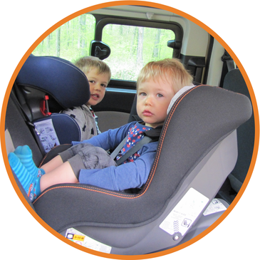 kindersitze in l neburg mimi s. Black Bedroom Furniture Sets. Home Design Ideas