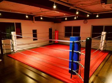 大阪 ボクシングジム 心斎橋 パーソバルトレーニング キックボクシング