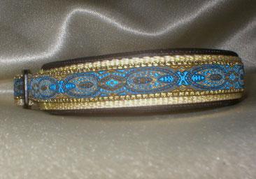 Halsband, Hund, Klickverschluss, 2,5cm breit, Gurtband beige, blaugoldene Borte