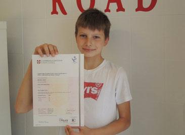 Votre enfant peut améliorer son niveau d'anglais avec un diplôme de cambridge english à strasbourg chez alphabet road