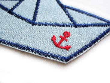Bild: Bügelflicken für Jeans Papierschiffchen mit Anker, Jeansflicken Faltboot, Accessiore anker Patch zum aufbügeln