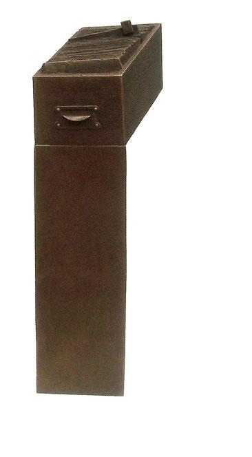 """"""" Bürokratie / Sehr geehrter Herr K. """", 1988, Bronze"""