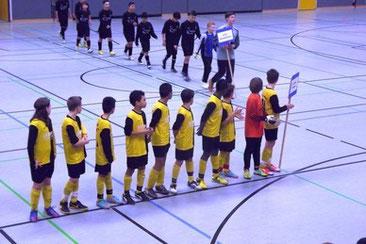 Die Mannschaften beim Einlauf ins Europa-League Finale (Wir warten gespannt auf unseren Gegner)