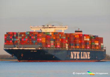 Containerschiff NYK WREN