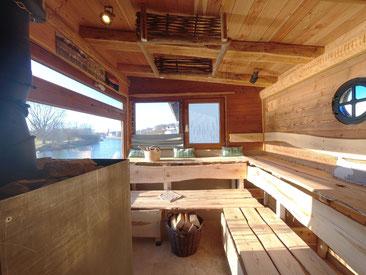 Stelzenhütte Stelzensauna Baumhaussauna Sauna am Fluss an der Donau