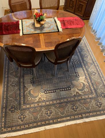 NAIN WOOL&SILK 4LA  ジョーショガンデザイン レアなお品物をお選びくださいました。テーブルセンターはSILKのポシティで素敵にキメて下さいました。
