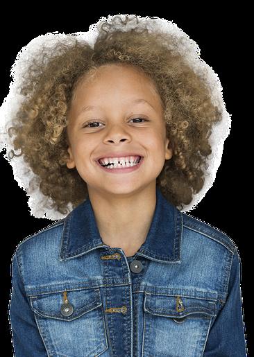 Junge grinst und erklärt, was die Grundschule in Geldern tut.