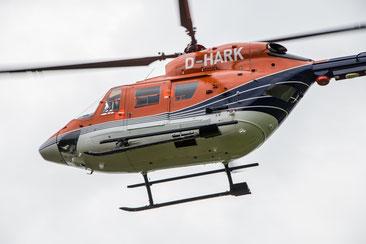 Der Hubschrauber im Anflug