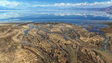 Immagine aerea del delta del Southern Ewaso Ng'iro River nel Lago Natron
