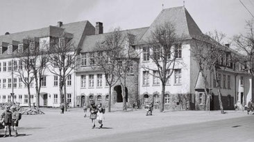 Historische Aufnahme der Sonnenschule in Attendorn