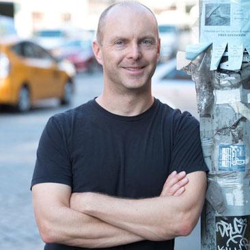 Geoff Rodkey, l'autor