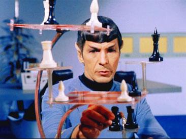 Spock jugant a l'escacs tridimensional