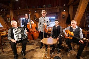 Wirtshausmusikanten beim Hirzinger mit Radio Europa
