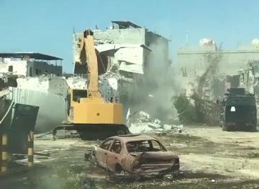 03.08.2017 – Middle East Eye Saudi-Bulldozer zerstören die Stadt als Bewohner fliehen Blutbad