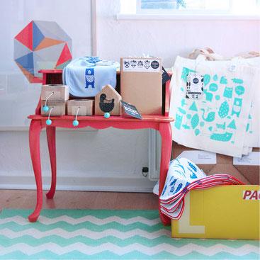 design produktion unter pinien. Black Bedroom Furniture Sets. Home Design Ideas