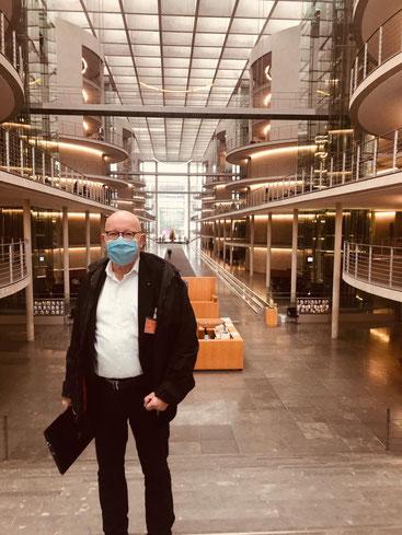 BRSI Vorstand Dr. Dieter Körner bei der StaRUG Anhörung im Deutschen Bundestag - Paul-Löbe-Haus.
