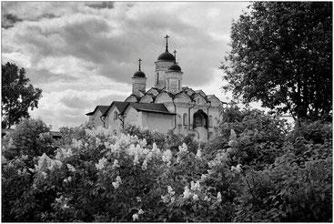 Надвратная церковь Преображения Господня Кирилло-Белозерского монастыря. Вологодская обл.  2003 г.