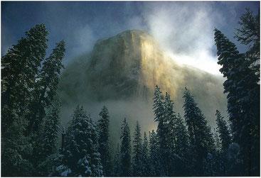 Утихающая буря над скалой Капитан. Йосемитский национальный парк, Калиформия, США. Фото Галена Роуэлла.