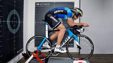 Bikefitting im Triathlon zum Optimieren der Sitzposition