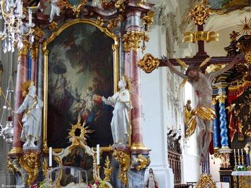 Blick auf den Dreikönigsaltar, St. Michael, Violau