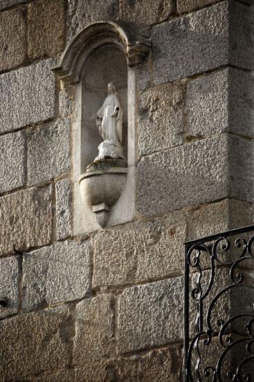 Notre-Dame-des-Marais veille sur la ville et ses habitants © D. Bordes