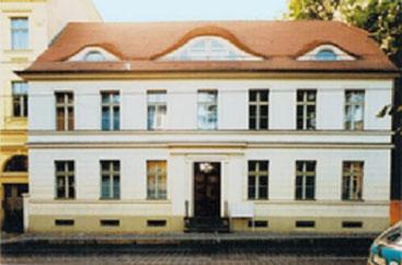 Straßenansiche - Friedrich Ebert Straße