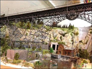 Abb. 60, die neue Brücke aus Messing