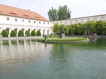 Parken i Wallensteinska palatset