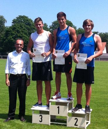 Allround-Sportler Max Krämer (10c) stieß die Kugel auf 12,35m und erkämpfte sich damit den  3. Platz