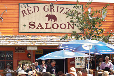 Red Grizzly Saloon Americana 2015