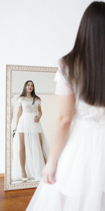 Dein kurzes Brautkleid für die standesamtliche Hochzeit.