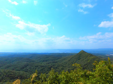 山頂付近からの絶景もお楽しみください。