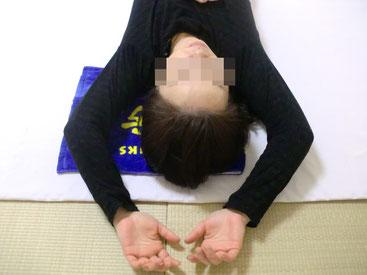 肩こり、寝違い、頭痛の原因である手のバランスが揃いました